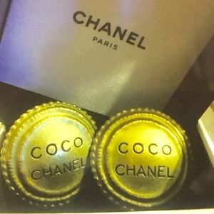 """🆕 Chanel""""Coco Chanel"""" Signature clip-on Earrings"""